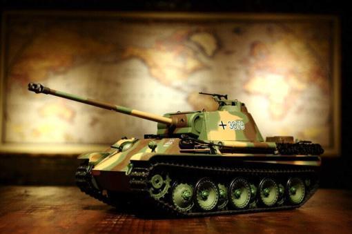 Ferngesteuerter Panzer mit Schuss Panther G Heng Long 1-16 mit Rauch&Sound und Stahlgetriebe - 2,4Ghz -V 6.0 -12
