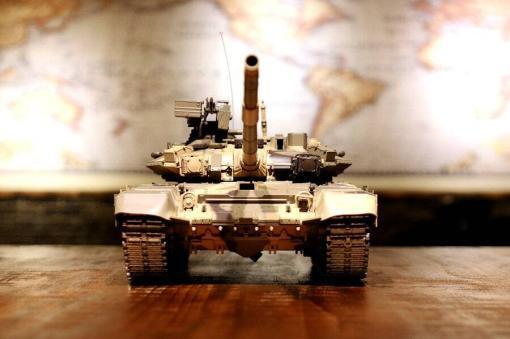 Ferngesteuerter Panzer mit Schuss Russland T90 Heng Long 1-16 mit Rauch&Sound + 2,4Ghz V6.0 -PRO 2