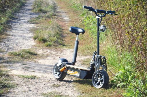 elektro scooter captain 1500w 48V mit Holzbrett -7