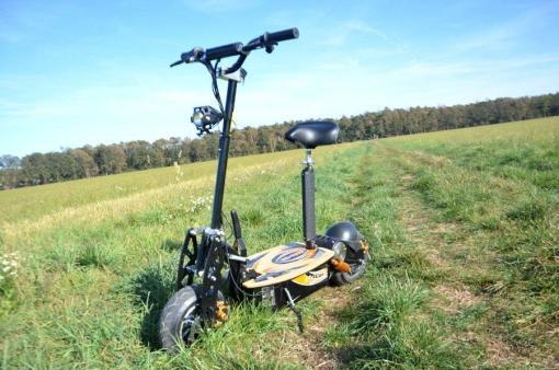 elektro scooter captain 1500w 48V mit Holzbrett -9
