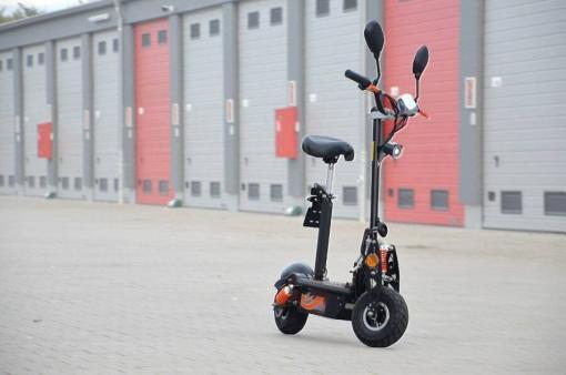 elektro scooter mit strassenzulassung -aeec -1