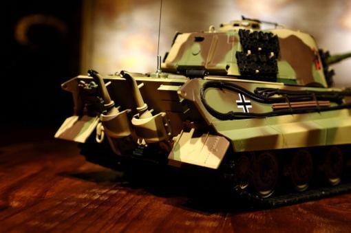 ferngesteuerter panzer deutscher koenigstiger henschelturm pro von heng long - 14