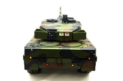 """Ferngesteuerter Panzer mit Schuss """"Deutscher Leopard 2A6"""" Heng Long 1:16 mit Rauch&Sound und Stahlgetriebe -2,4Ghz V6.0 -6"""