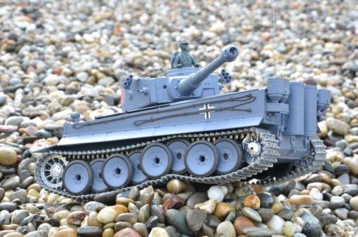 deutscher tiger 1 ferngesteuerter panzer mit schuss rauch und sound mit metallgetriebe und metallkette - pro -15