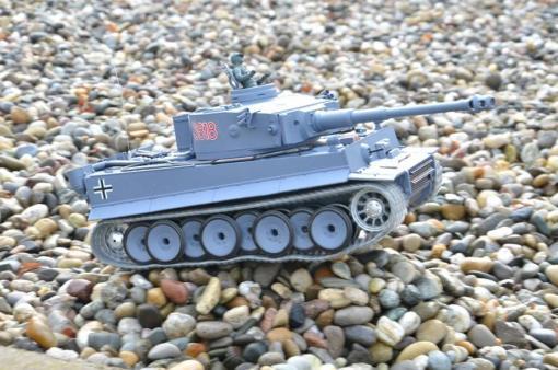 deutscher tiger 1 ferngesteuerter panzer mit schuss rauch und sound mit metallgetriebe und metallkette - pro -19