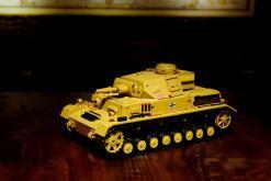 """Ferngesteuerter Panzer """"Kampfwagen IV Ausf.F-1"""" Heng Long 1:16 Sandfarbe mit Rauch,Sound und Schuss, Metallgetriebe -2,4Ghz-10"""